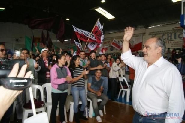 Desde su ciudad natal Colombi convocó a la marcha anti-K del 8 de junio