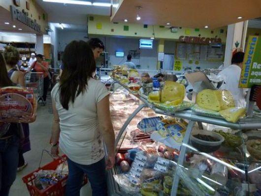 Supermercados se adhirieron al congelamiento de 500 productos