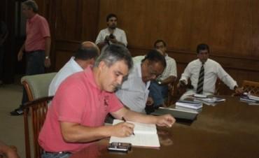 Anunciaron nuevas sanciones a Suteco y descuentos a huelguistas