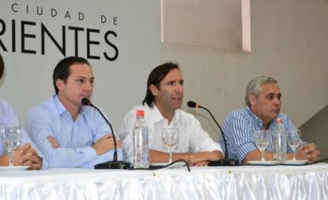 Con cifras Lorenzino respondió acusación provincial de aprietes
