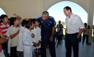 Espínola y Bassi encabezaron una reunión con dirigentes y agricultores en Goya