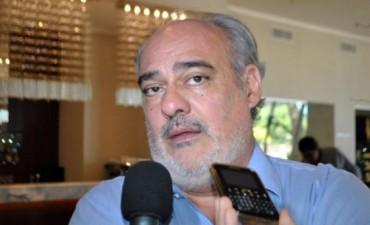 """Para el Gobierno, el ministro Lorenzino fue """"cobarde"""", como cuando vino a Corrientes"""