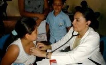 Médicos comunitarios: Nación hará entrevistas para definir el nuevo esquema