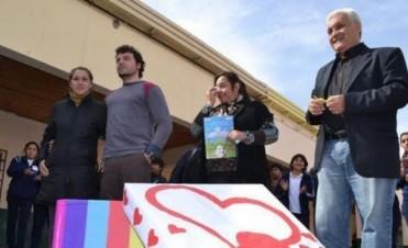 Mil mensajes de solidaridad con Renzo como símbolo